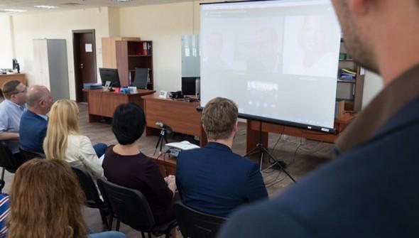 SkyWay объединяет специалистов двух континентов