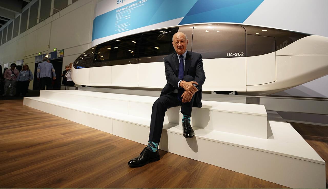 Презентация высокоскоростного юнибуса на выставке InnoTrans 2018