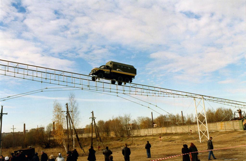 Probnye-ispytaniya-putevoy-struktury-150-metrovogo-poligona-STYU-prohodili-v-oktyabre-2001-g-v-gorode-Ozyory-Moskovskoy-oblasti