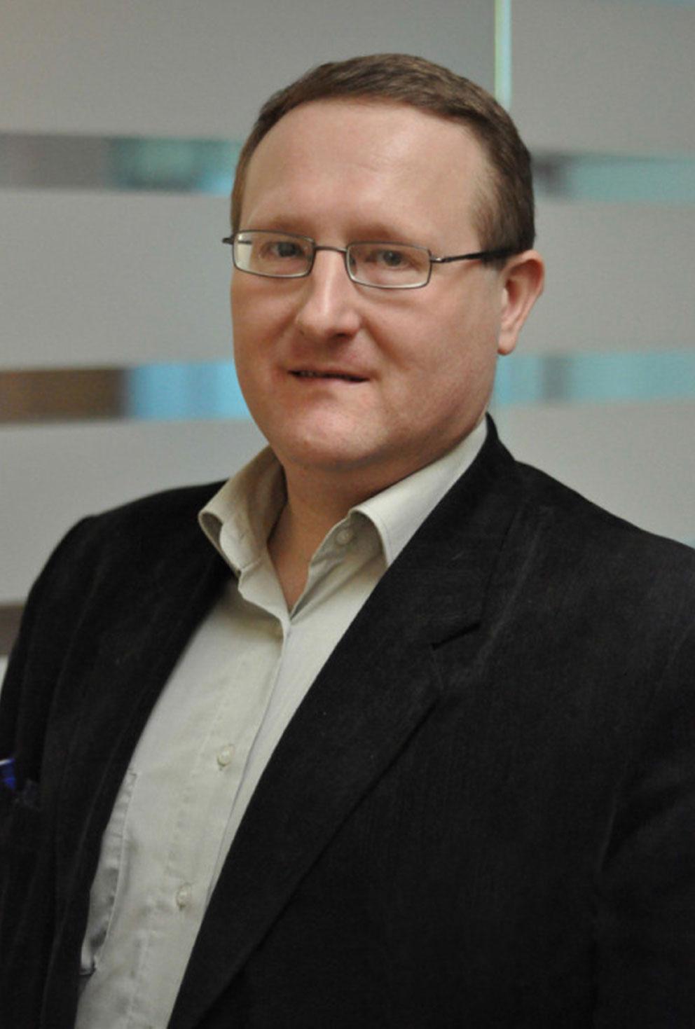 kirill-badulin,-ekspert-v-oblasti-ekonomiki,-biznes-planirovaniya-i-strategicheskogo-upravleniya