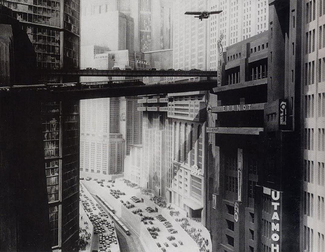 В начале ХХ века будущее представляли бетонно-каменным.-min