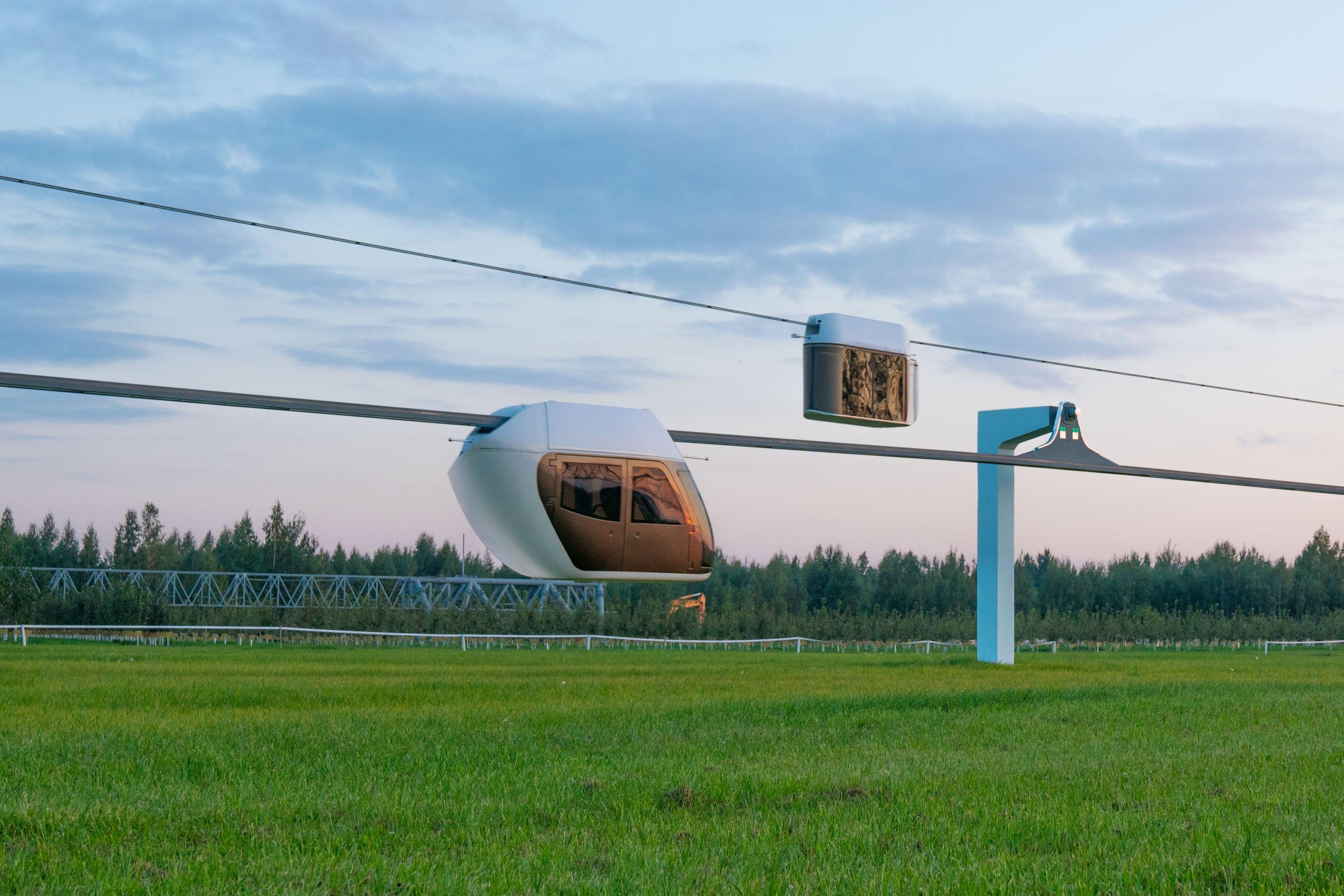 yunibus-skyway-on-the-rails-min