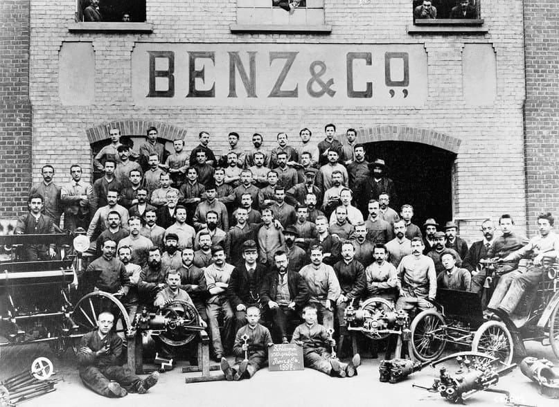 Компания «Бенц и Ко» по производству ДВС принесла большую прибыль своим владельцам