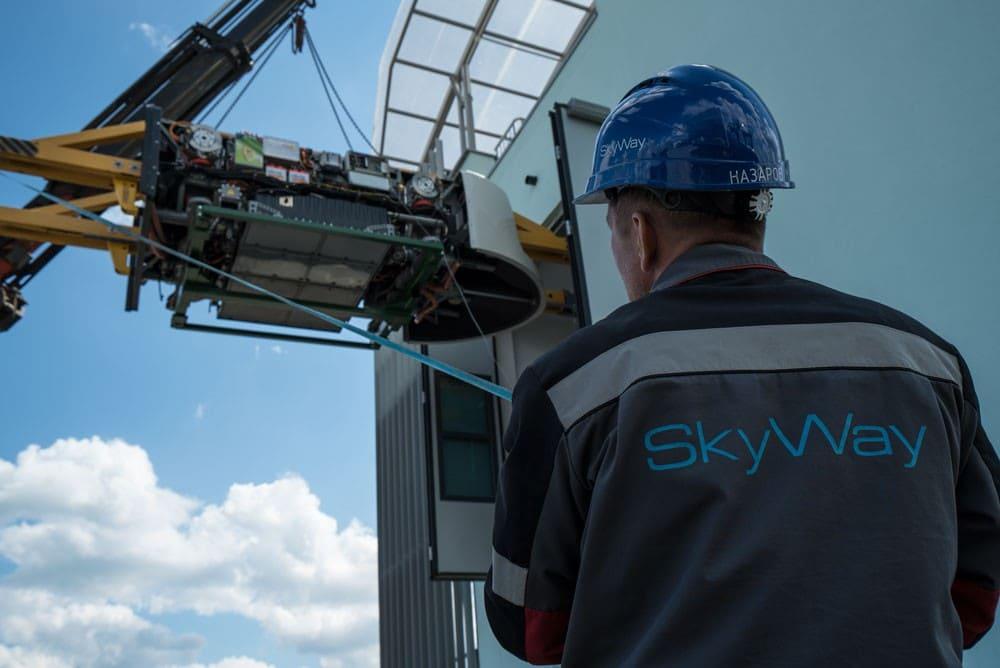 Установка тяговых модулей бирельсового юнибуса U-4-220 на путевую структуру городскоговысокоскоростного комплекса SkyWay